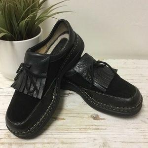 Born Shoes Size 9.5